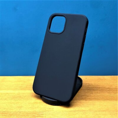 Накладка для iPhone 12/12 Pro Silicone Cover Black